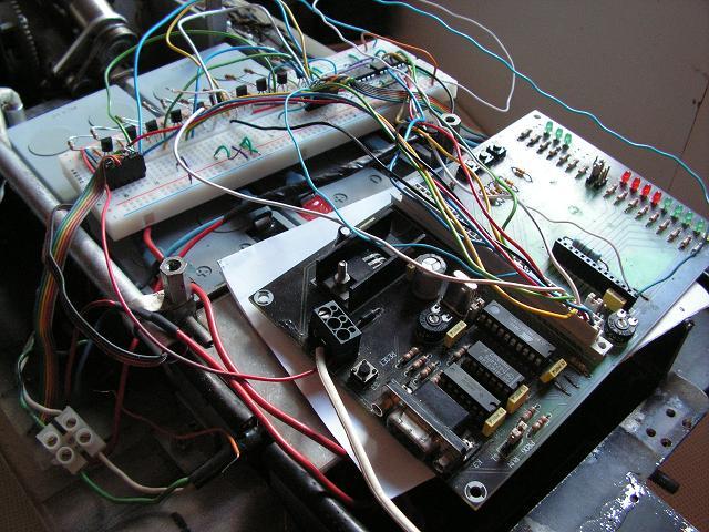http://www.uploadarchief.net/files/download/electronica.jpg