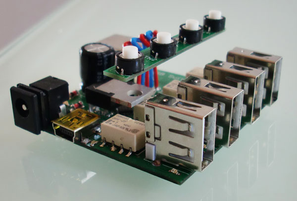 http://www.uploadarchief.net/files/download/usb_sw03.jpg